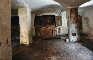 San-Michele_interno-300x192